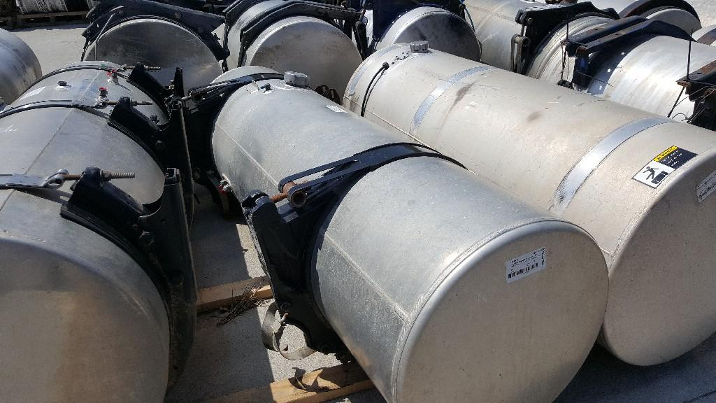 Used Fuel Tank for 2005 FREIGHTLINER COLUMBIA 120 450.00 for sale-57278801