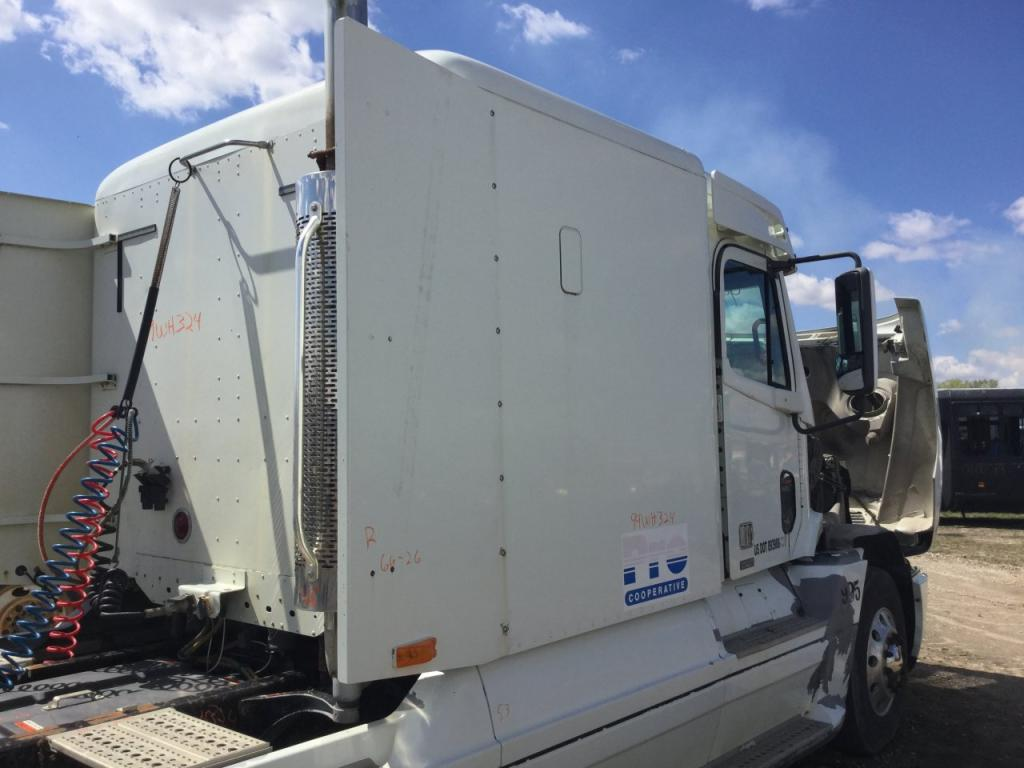 Used Fairing for 1999 FREIGHTLINER C120 CENTURY 200.00 for sale-57222021