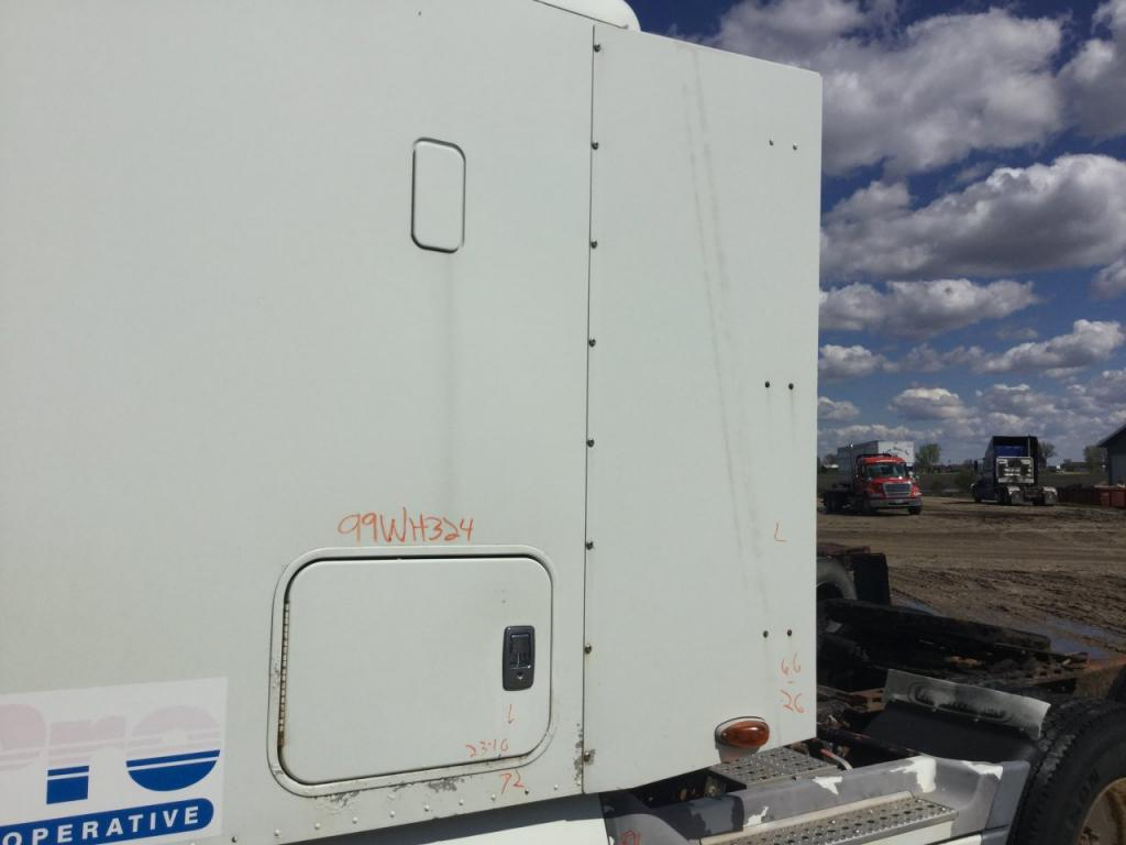 Used Fairing for 1999 FREIGHTLINER C120 CENTURY 150.00 for sale-57222011