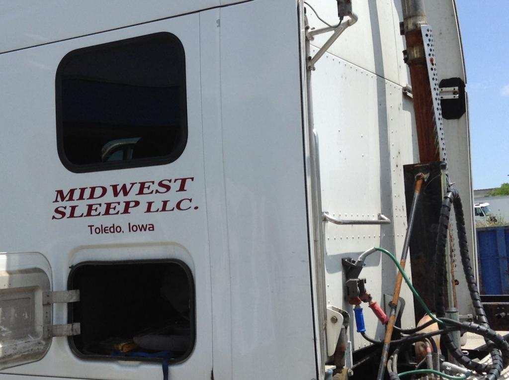 Used Fairing for 2006 PETERBILT 387 100.00 for sale-57222161