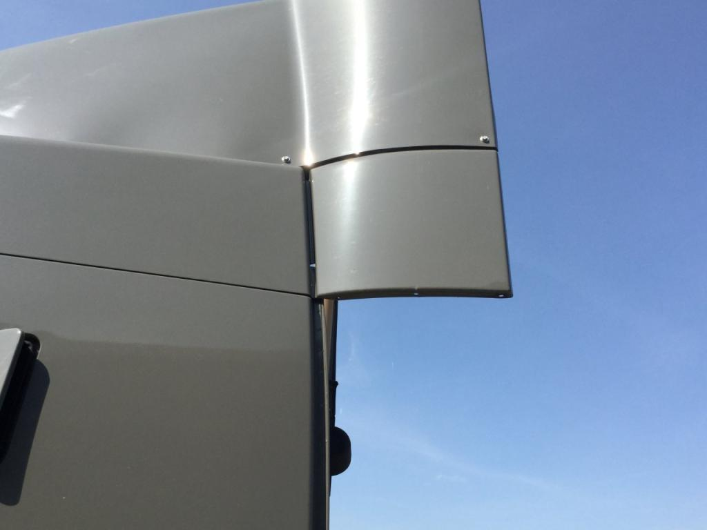 Used Fairing for 2008 VOLVO VNL 125.00 for sale-57229451