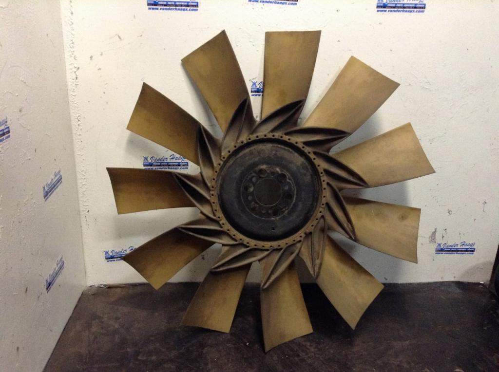 Used Fan Blade for 2004 VOLVO VNL 150.00 for sale-57236601