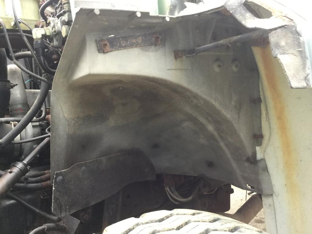 Used Fender for 1990 Ford F7000 50.00 for sale-57248881