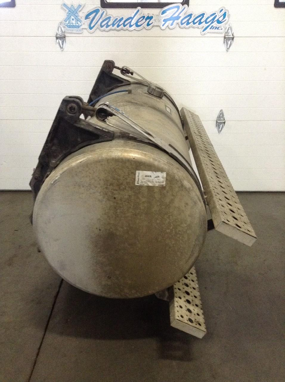 Used Fuel Tank for 2010 STERLING A9513 550.00 for sale-57280221