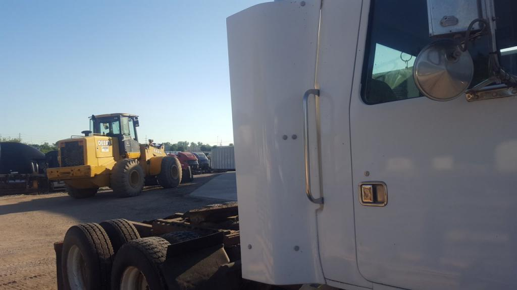 Used Fairing for 1997 VOLVO WG 150.00 for sale-57222581