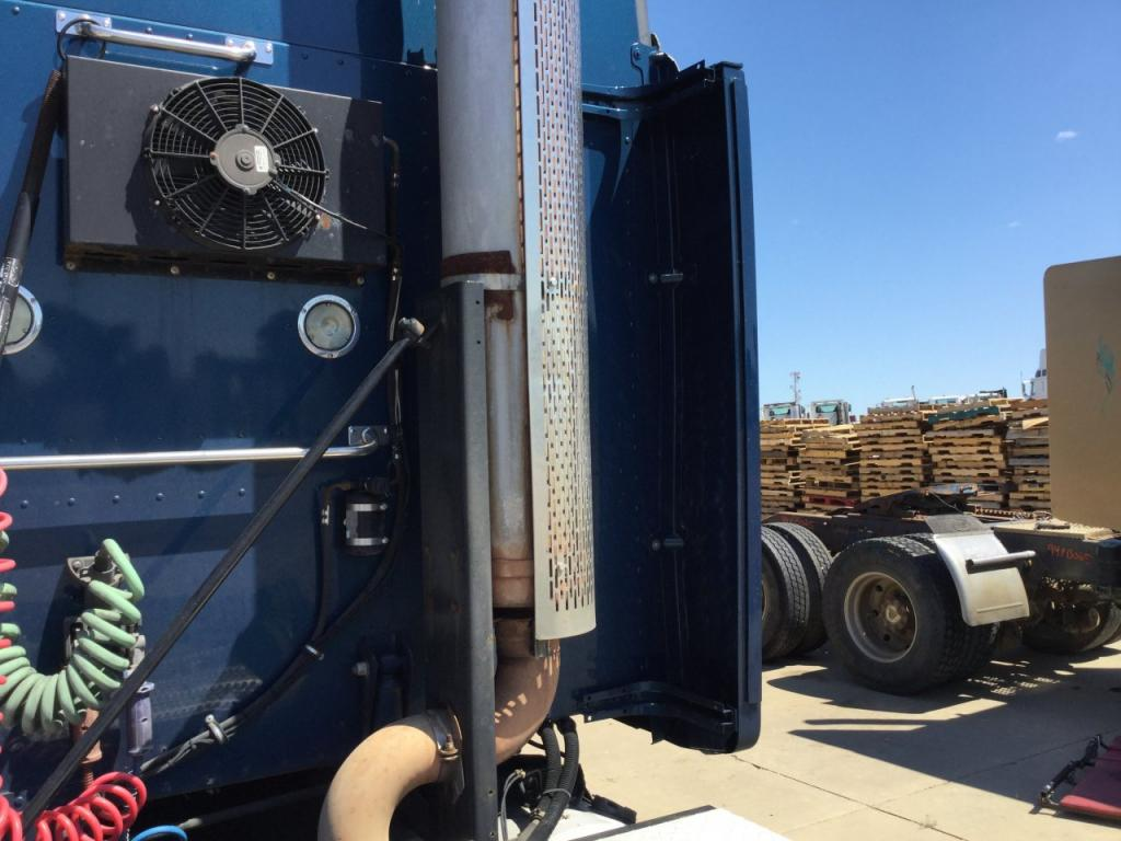 Used Fairing for 2010 PETERBILT 387 150.00 for sale-57222601