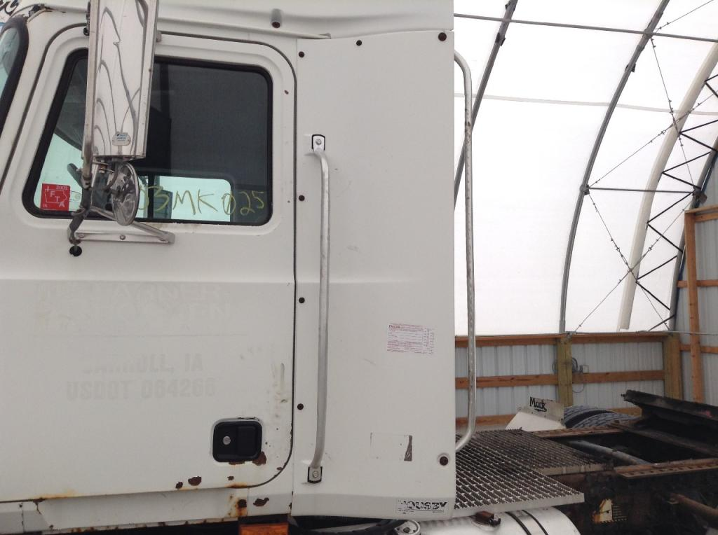 Used Fairing for 2003 MACK CH600 150.00 for sale-57222831