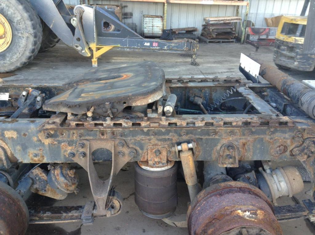 Used Fifth Wheel for 2005 INTERNATIONAL 9400 400.00 for sale-57268361