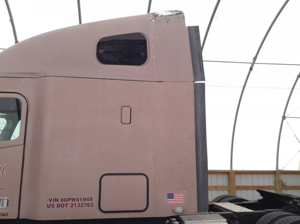Used Fairing for 2006 FREIGHTLINER COLUMBIA 120 200.00 for sale-57233051