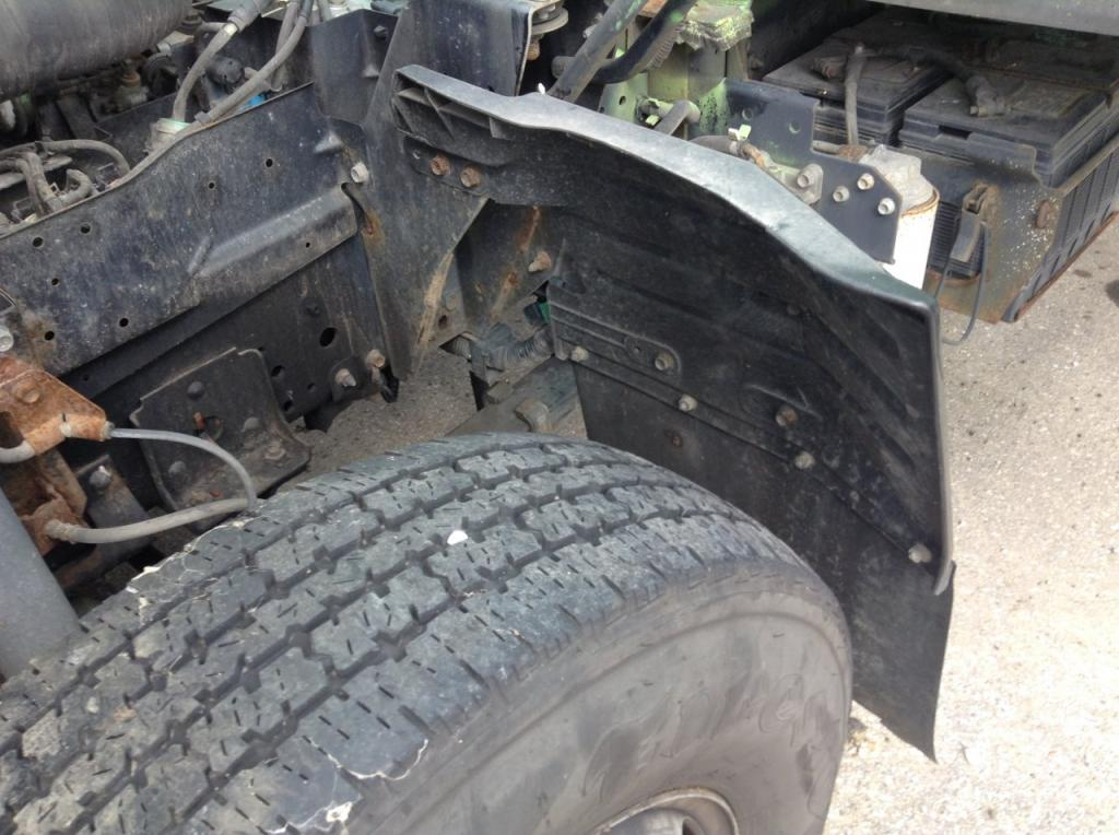 Used Fender for 2003 ISUZU NPR 50.00 for sale-57249851
