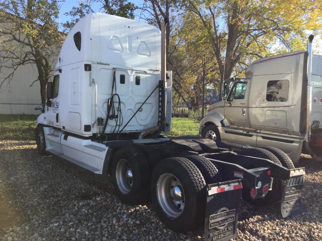 Used Fifth Wheel for 2009 FREIGHTLINER CASCADIA 350.00 for sale-57269161