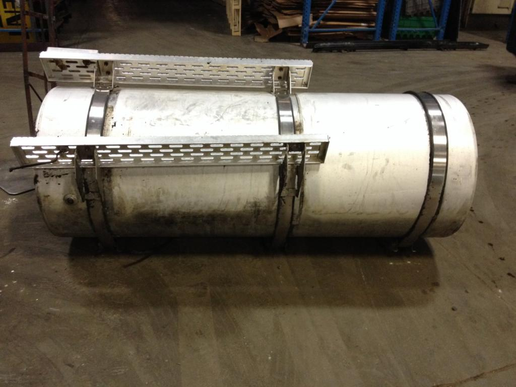 Used Fuel Tank for 1999 INTERNATIONAL 9400 750.00 for sale-57281541