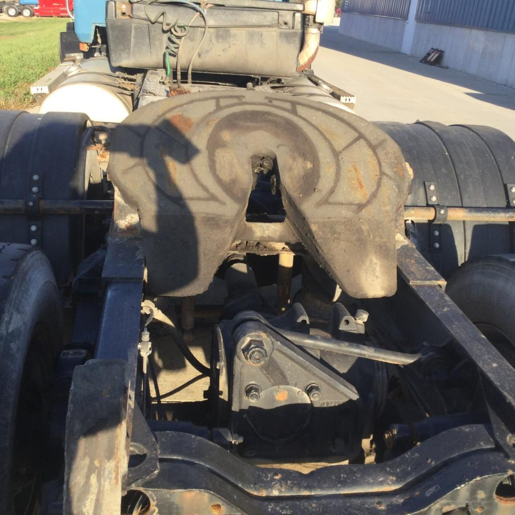 Used Fifth Wheel for 1994 MACK CH600 350.00 for sale-57266561