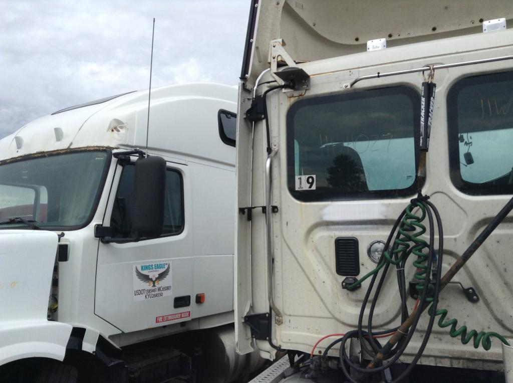 Used Fairing for 2011 FREIGHTLINER CASCADIA 200.00 for sale-57223291
