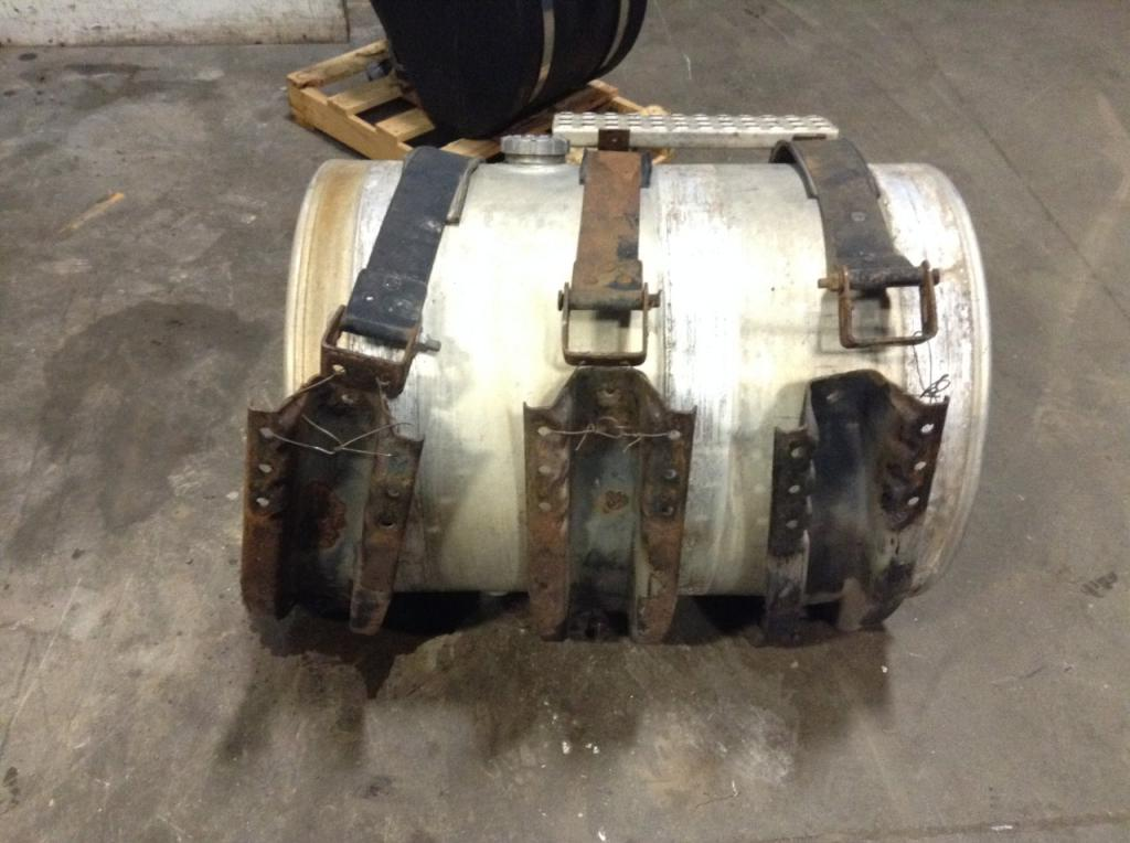 Used Fuel Tank for 2001 VOLVO VNL 650.00 for sale-57281921