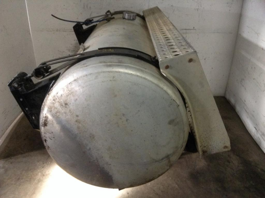 Used Fuel Tank for 2007 FREIGHTLINER COLUMBIA 120 650.00 for sale-57282011
