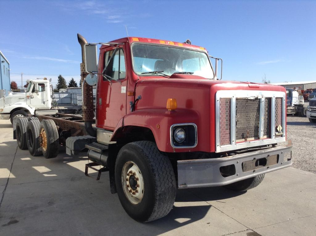 Heavy duty cab a 1998 INTERNATIONAL S2600 for sale-55819201