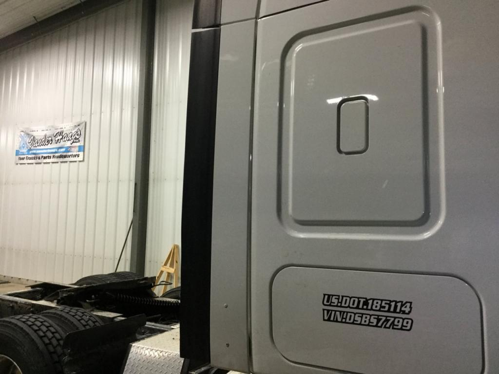 Used Fairing for 2013 FREIGHTLINER CASCADIA 200.00 for sale-57223521