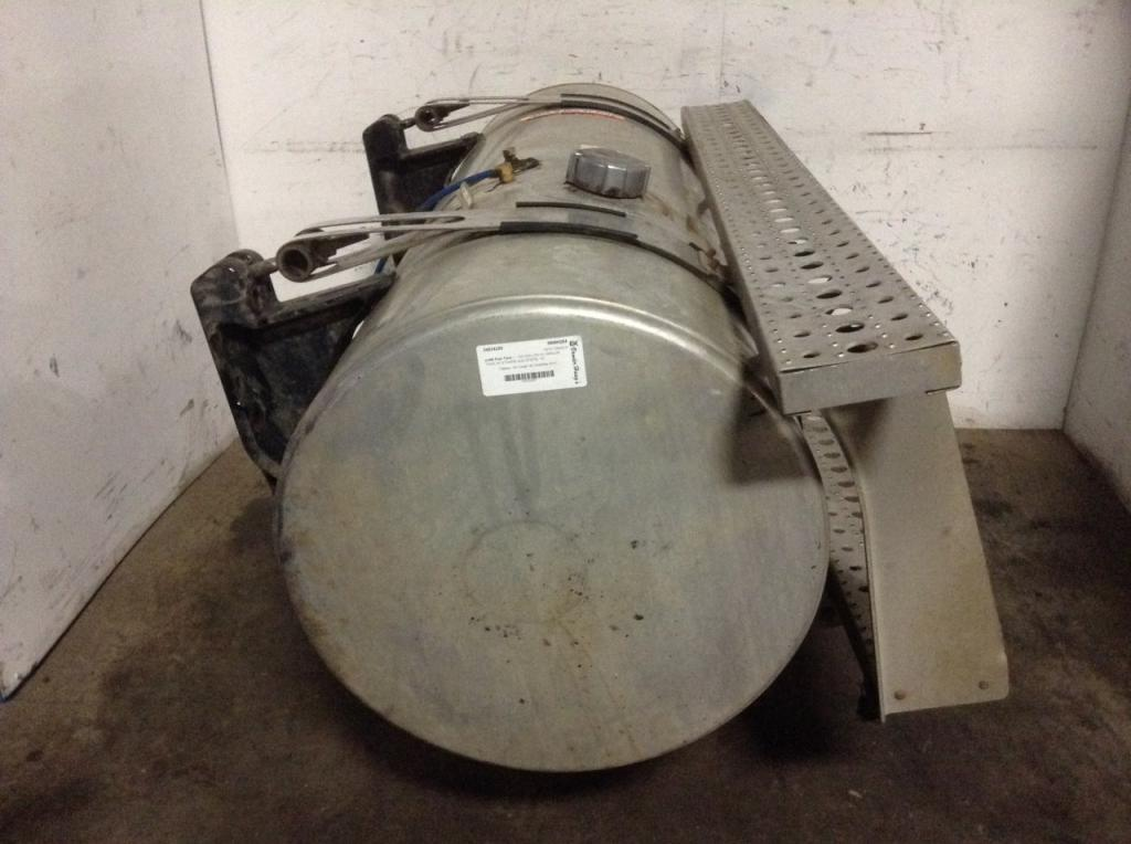 Used Fuel Tank for 2006 FREIGHTLINER COLUMBIA 112 650.00 for sale-57282531