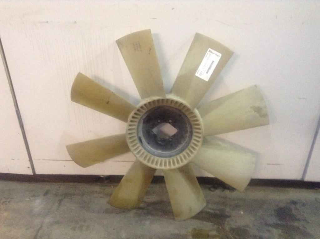 Used Fan Blade for 2004 KENWORTH T800 75.00 for sale-57238201