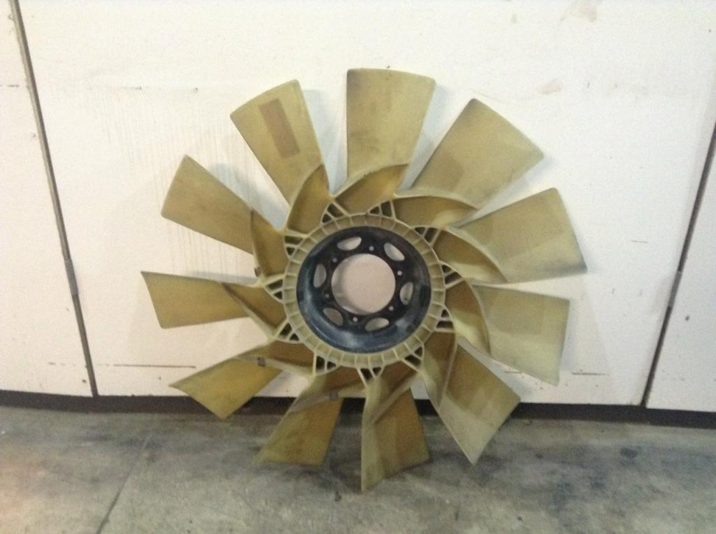 Used Fan Blade for 2011 VOLVO VNL 150.00 for sale-57241791
