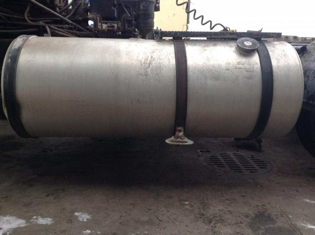 Used Fuel Tank for 1985 INTERNATIONAL 9670 300.00 for sale-57282671