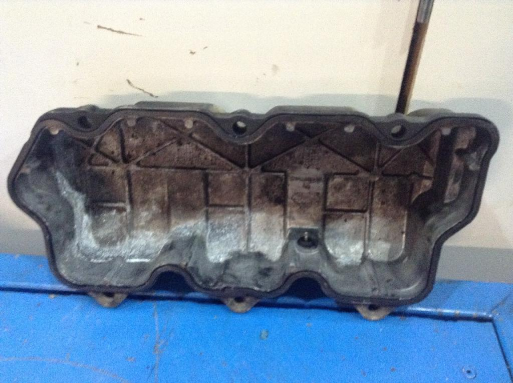 Used Engine Valve Cover for 2005 MACK CX VISION 75.00 for sale-57215211