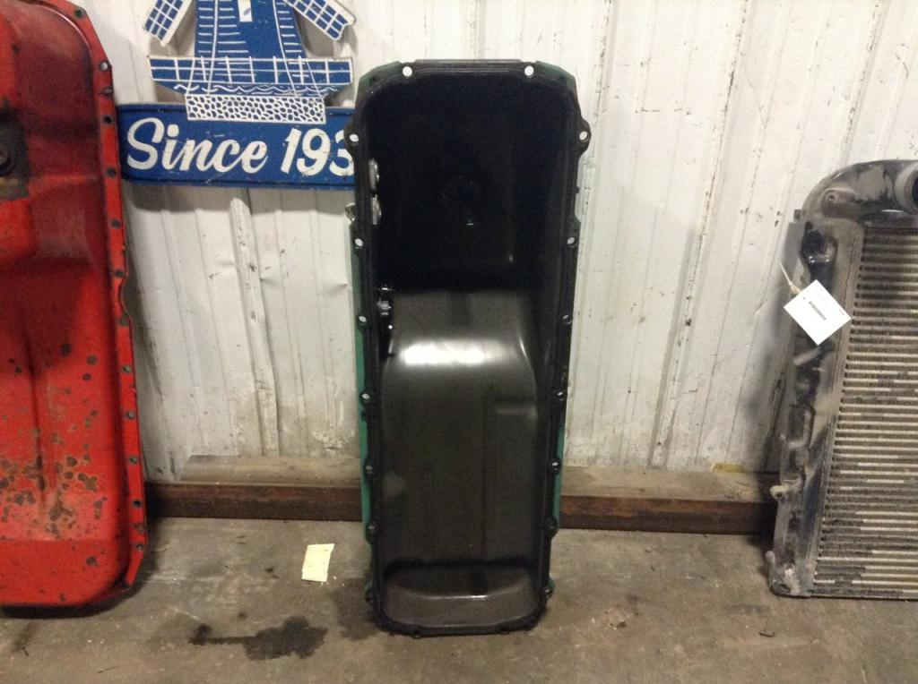 Used Engine Oil Pan for 2012 VOLVO VNM 400.00 for sale-57208701