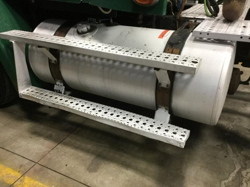 Used Fuel Tank for 2007 FREIGHTLINER COLUMBIA 112 550.00 for sale-57282851
