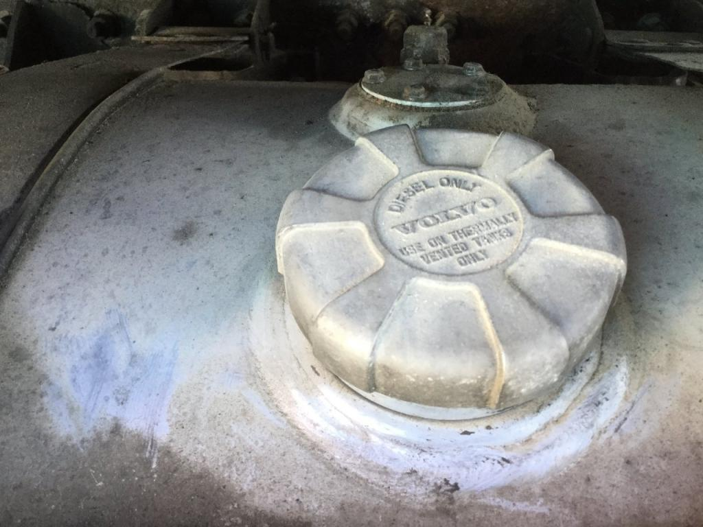 Used Fuel Tank for 2000 VOLVO VNL 650.00 for sale-57282991