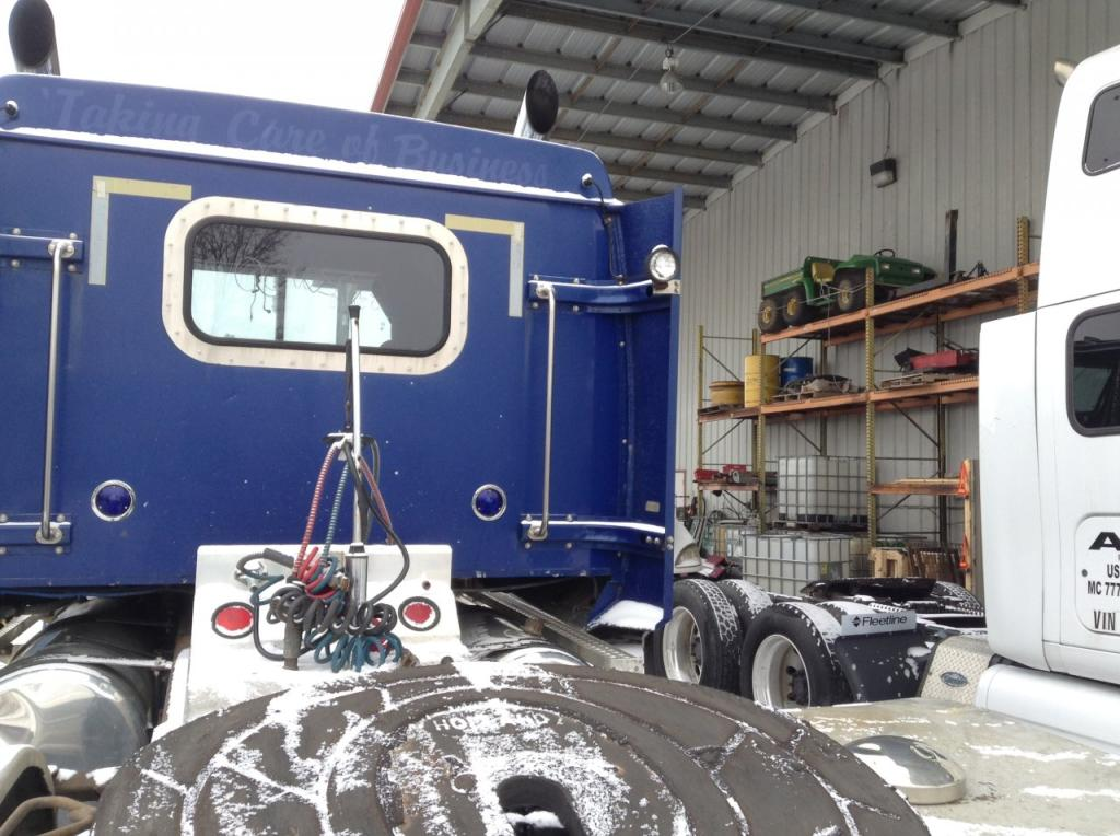 Used Fairing for 2000 Western Star 4900EX 250.00 for sale-57223871