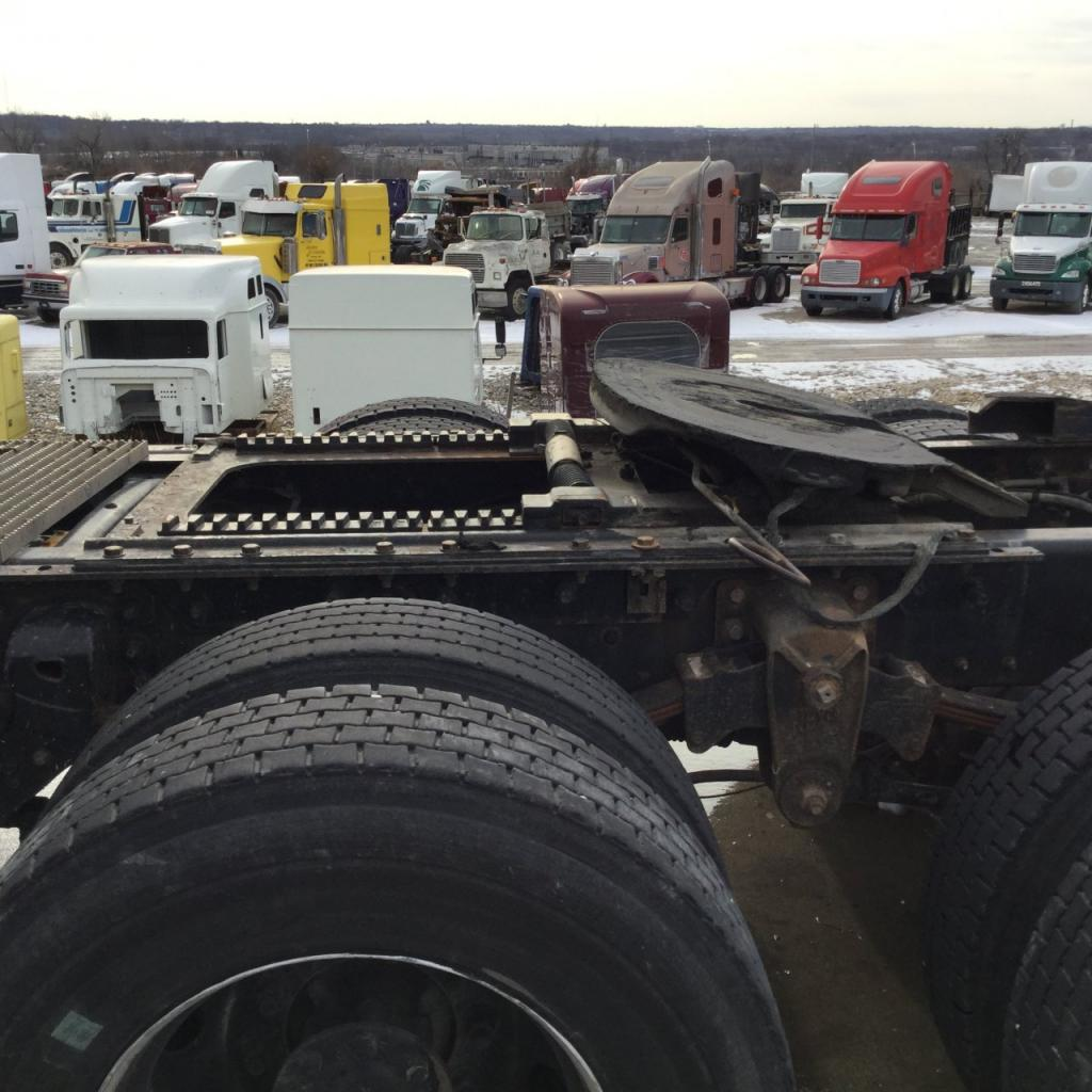 Used Fifth Wheel for 2001 MACK CH600 450.00 for sale-57269231