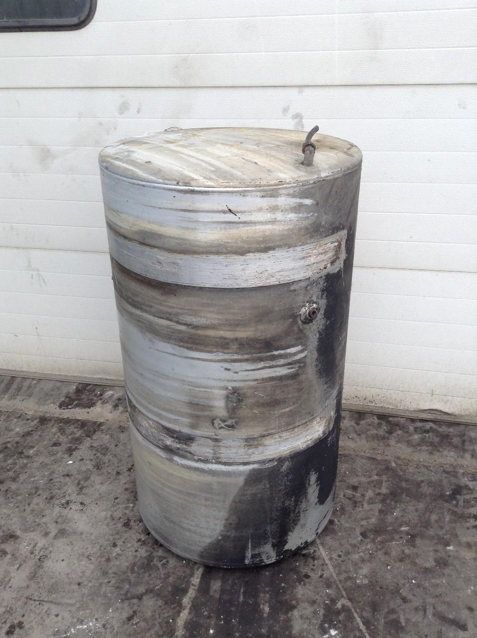 Used Fuel Tank for 2000 VOLVO VNL 350.00 for sale-57281961