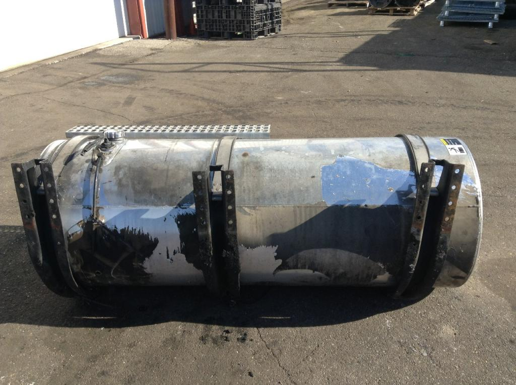 Used Fuel Tank for 2005 VOLVO VNL 750.00 for sale-57281151