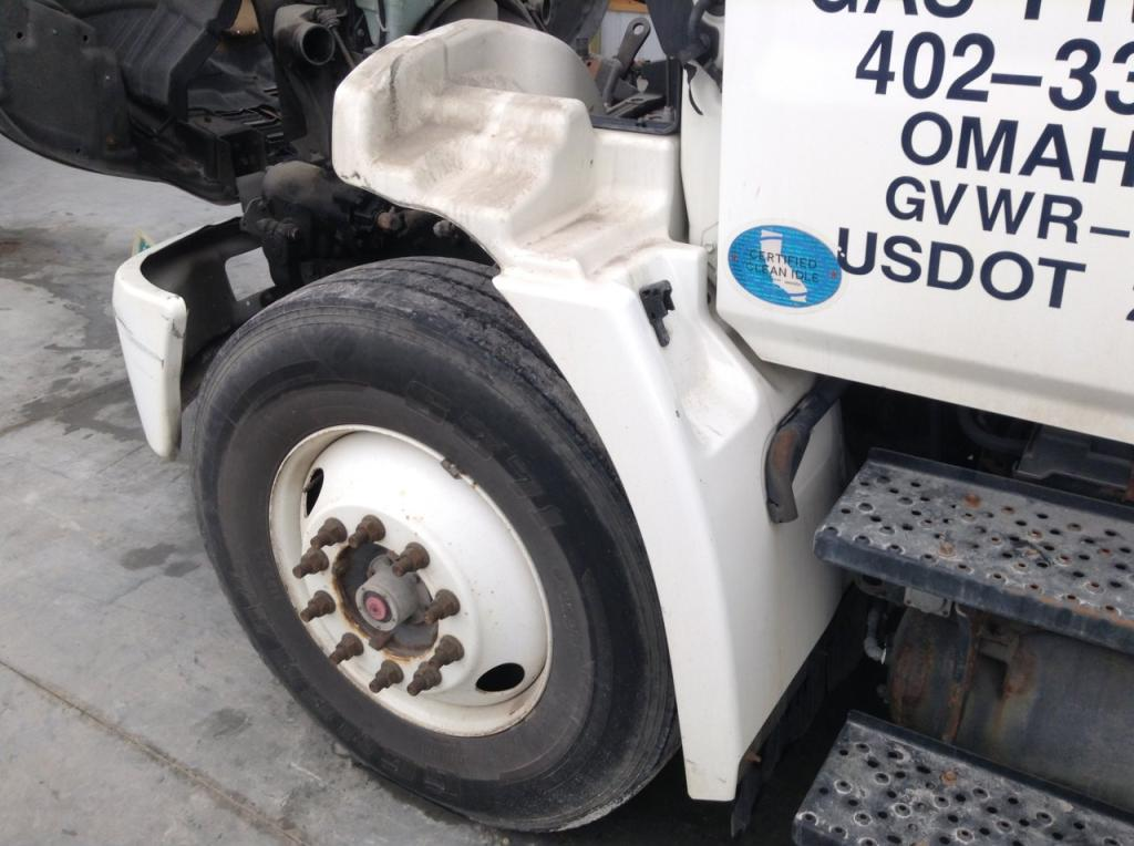 Used Fender for 2010 HINO 338 200.00 for sale-57253141