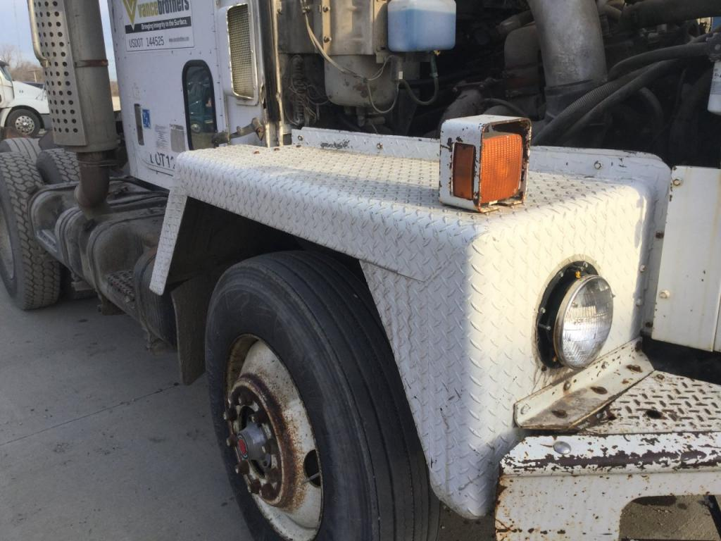 Used Fender for 1982 INTERNATIONAL 5000 (PAYSTAR) 500.00 for sale-57253161