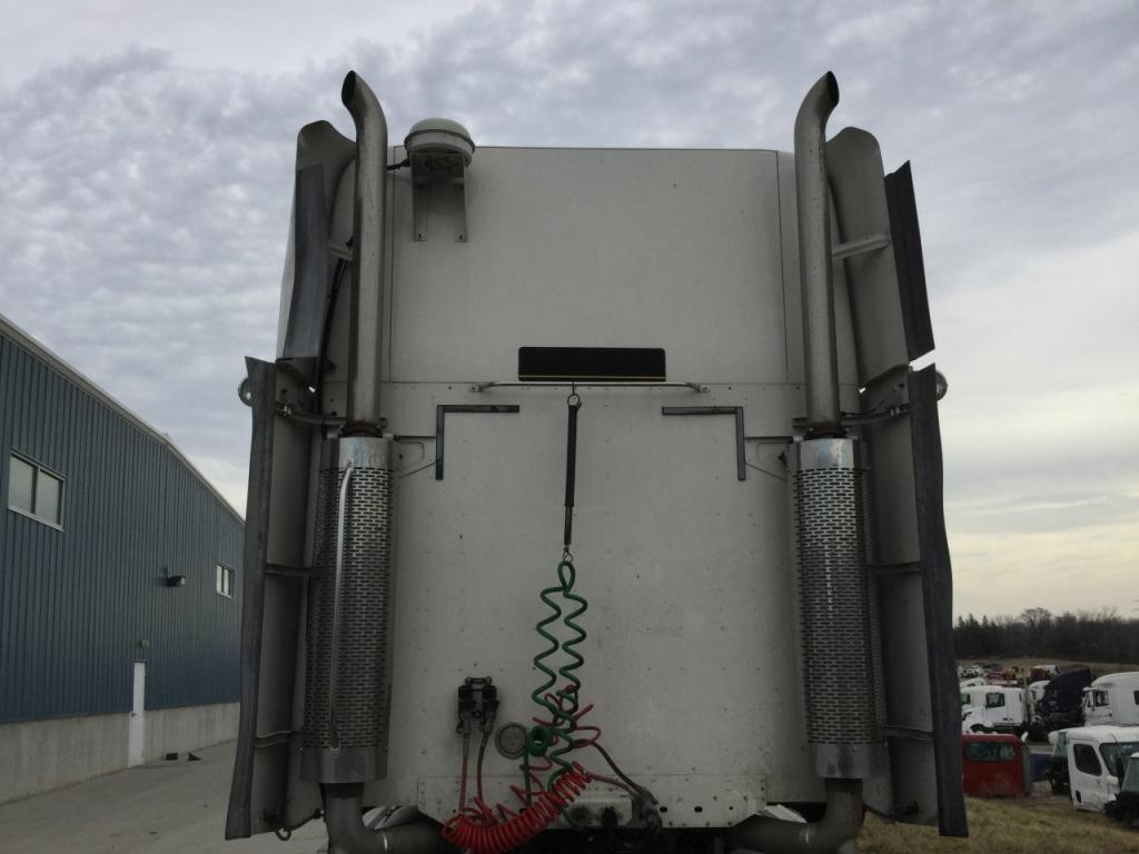 Used Exhaust Assembly for 2005 FREIGHTLINER COLUMBIA 120 500.00 for sale-57216961