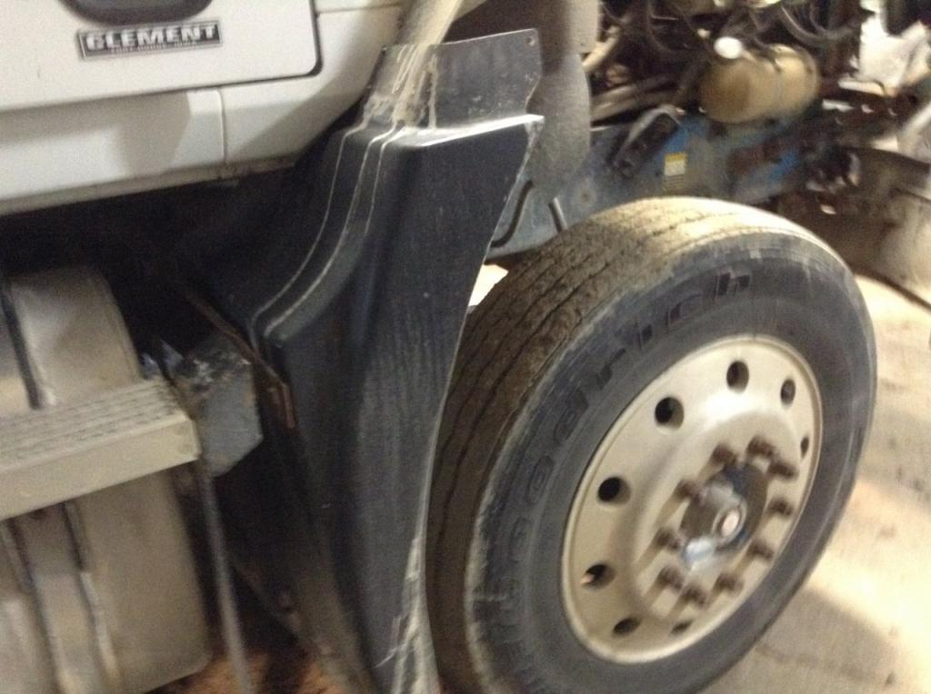 Used Fender for 1993 MACK CH600 175.00 for sale-57253541