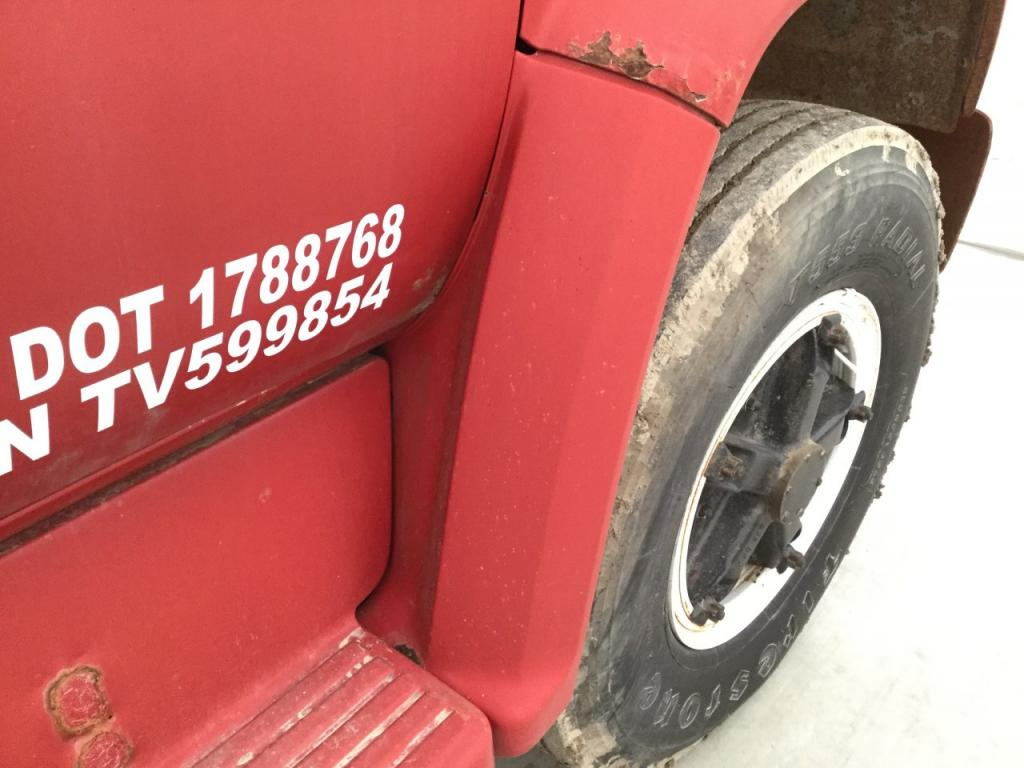 Used Fender for 1973 GMC 6000 150.00 for sale-57253661