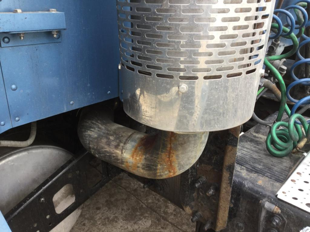 Used Exhaust Assembly for 2007 FREIGHTLINER COLUMBIA 120 500.00 for sale-57216971