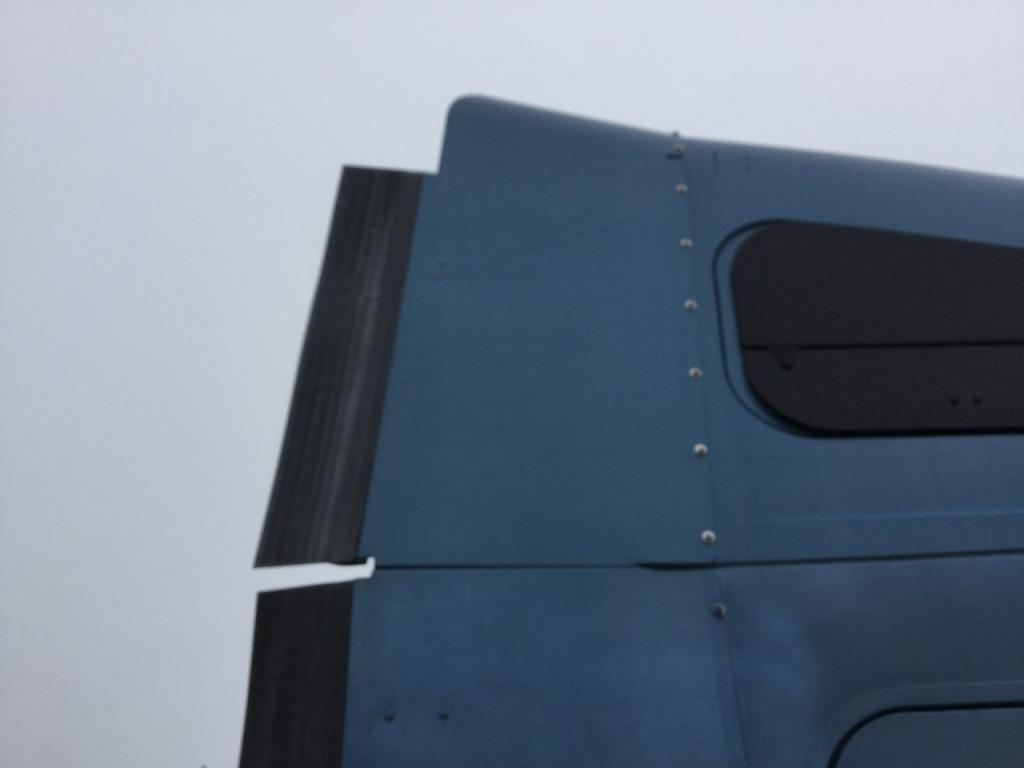 Used Fairing for 2007 FREIGHTLINER COLUMBIA 120 125.00 for sale-57230101