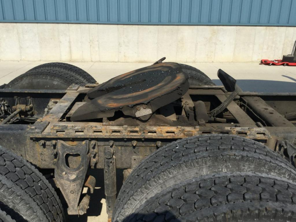 Used Fifth Wheel for 2000 INTERNATIONAL 9900 450.00 for sale-57274351