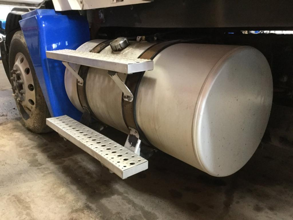 Used Fuel Tank for 2003 FREIGHTLINER C120 CENTURY 650.00 for sale-57284721
