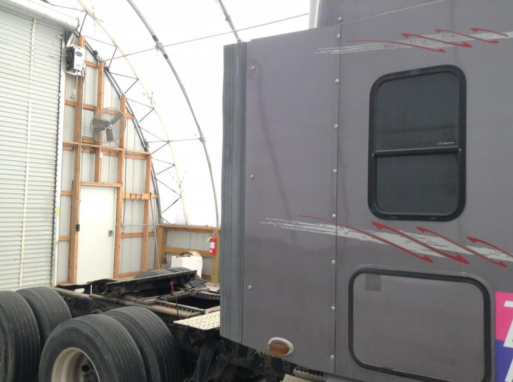 Used Fairing for 2006 FREIGHTLINER COLUMBIA 120 150.00 for sale-57224431
