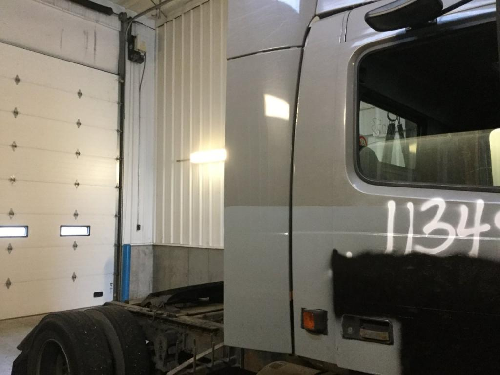 Used Fairing for 2003 VOLVO VNM 175.00 for sale-57224461