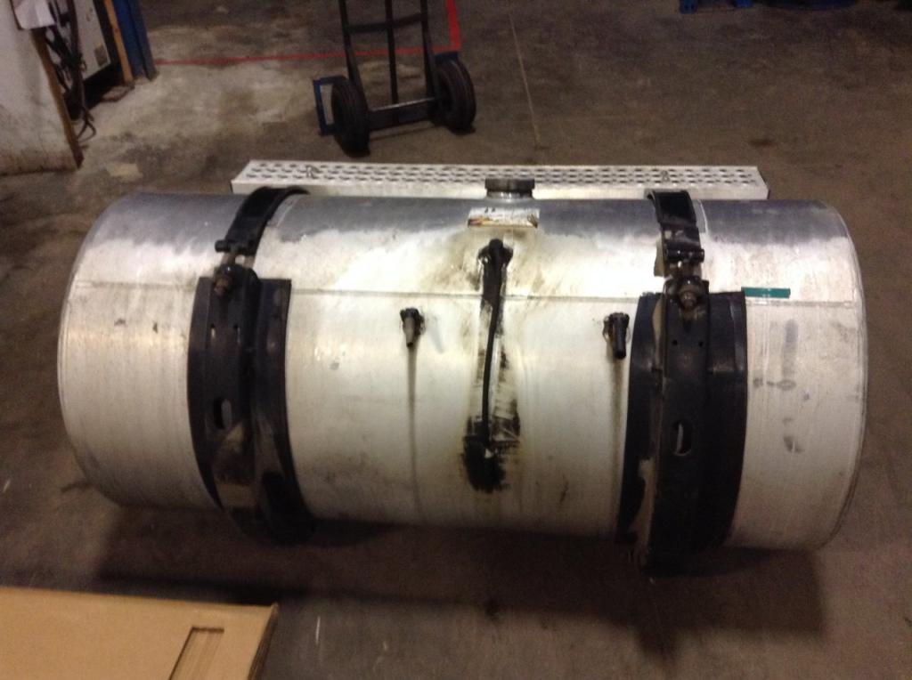 Used Fuel Tank for 2007 INTERNATIONAL 9400 850.00 for sale-57283631