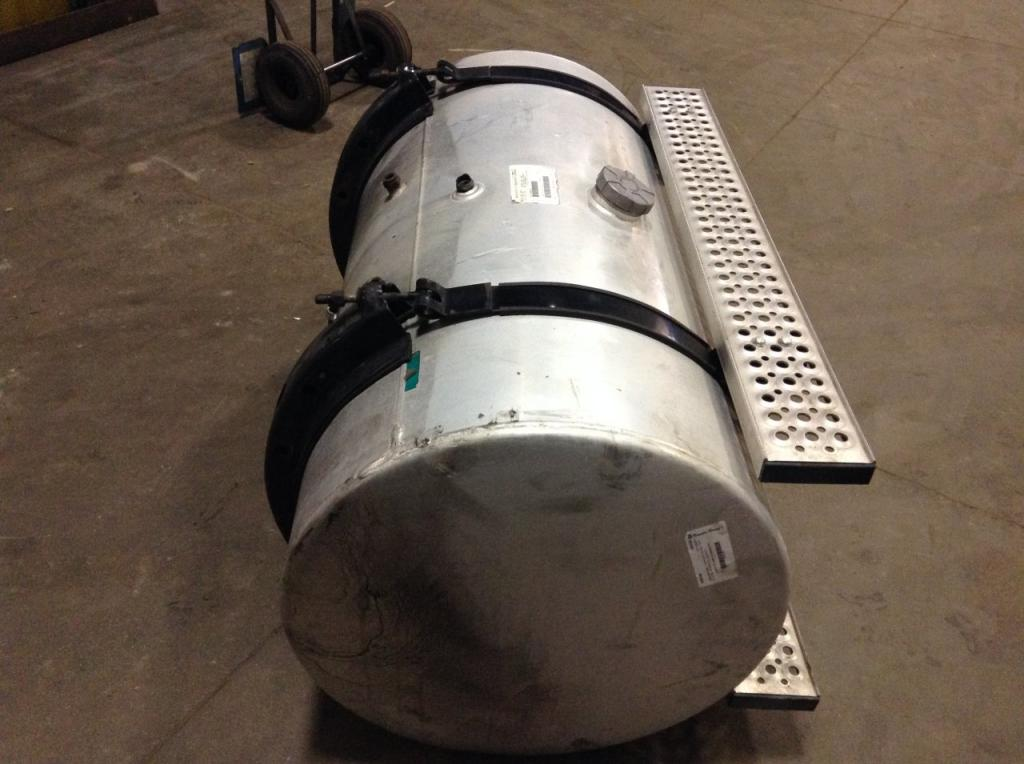 Used Fuel Tank for 2005 INTERNATIONAL 9400 750.00 for sale-57284661
