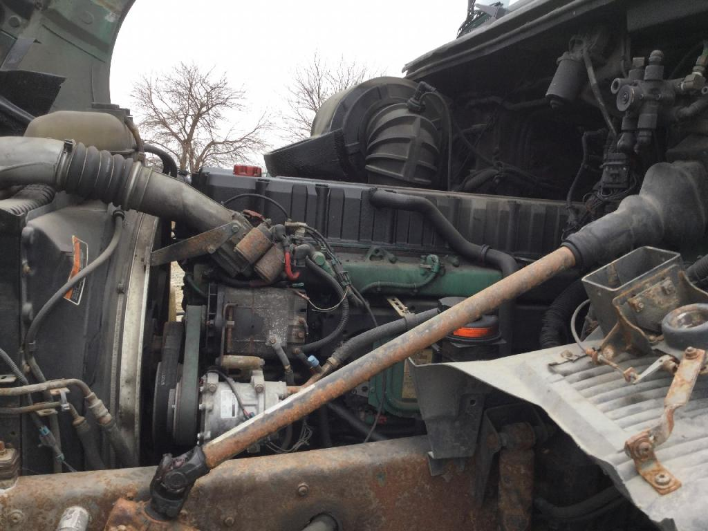 Used Engine Assembly for 2002 VOLVO VNL 4000.00 for sale-57200511