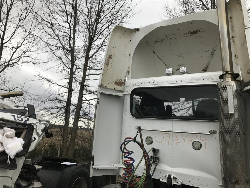 Used Fairing for 2007 PETERBILT 386 150.00 for sale-57230241