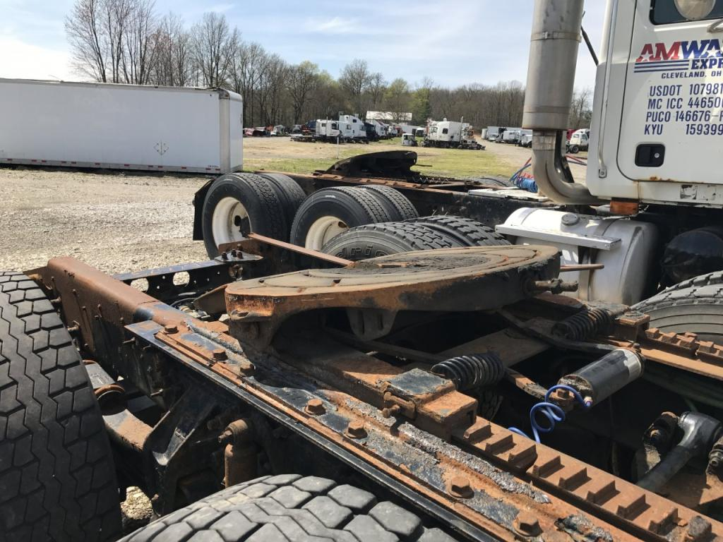 Used Fifth Wheel for 2001 STERLING AT9513 450.00 for sale-57270031
